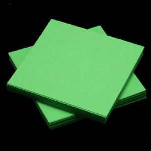 Small origami, green, 5.5cm, 100 sheets, (Papers not perfectly square - sold at a discount), [KY638]